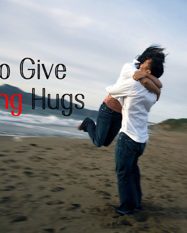 how-to-hug-a-woman-like-a-real-man