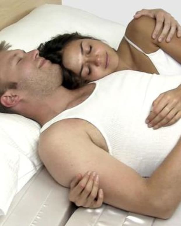ways-to-get-your-boyfriend-or-husband-to-cuddle-more