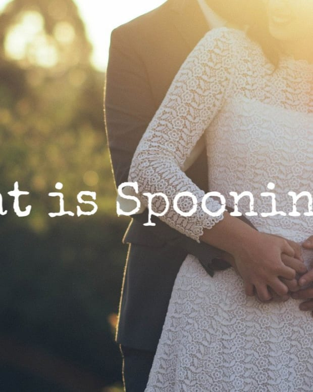 spooning-a-welsh-tradition