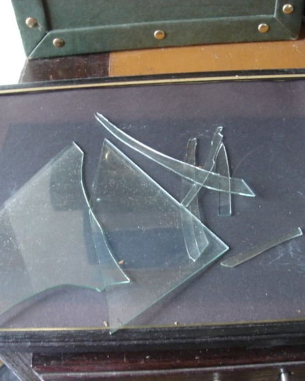 how-to-dispose-of-broken-glass-safely