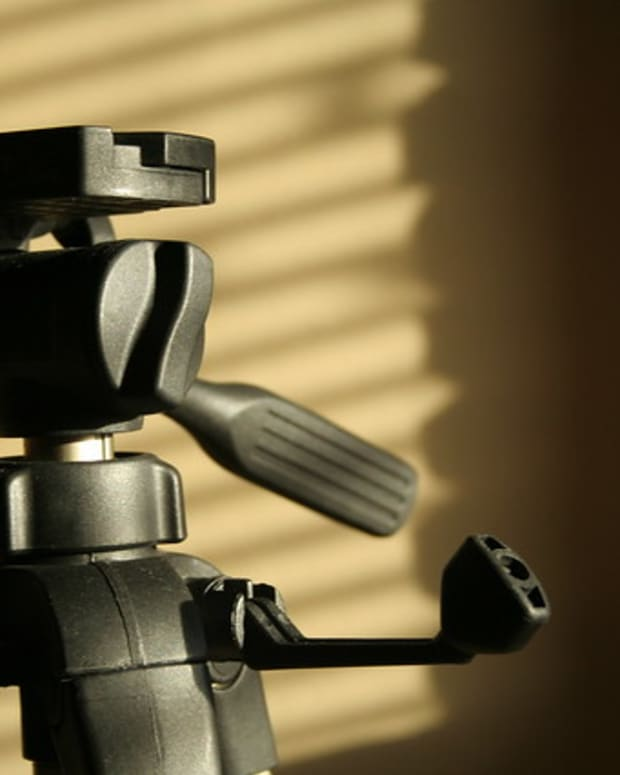 tripods-for-camcorders