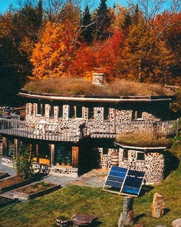 Eco-friendly underground home