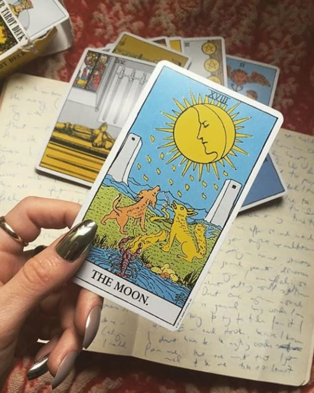 no-nonsense-guide-for-reading-the-tarot