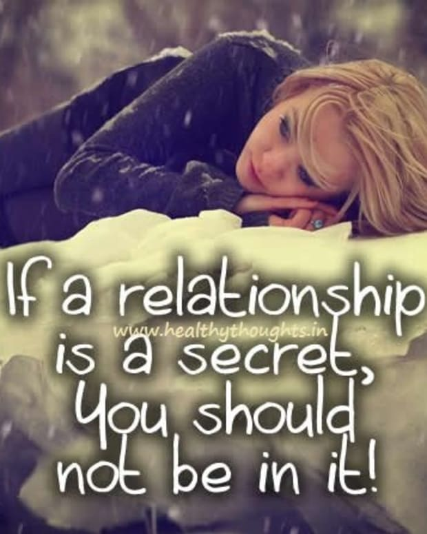 four-reason-not-to-have-a-secret-love-relationship