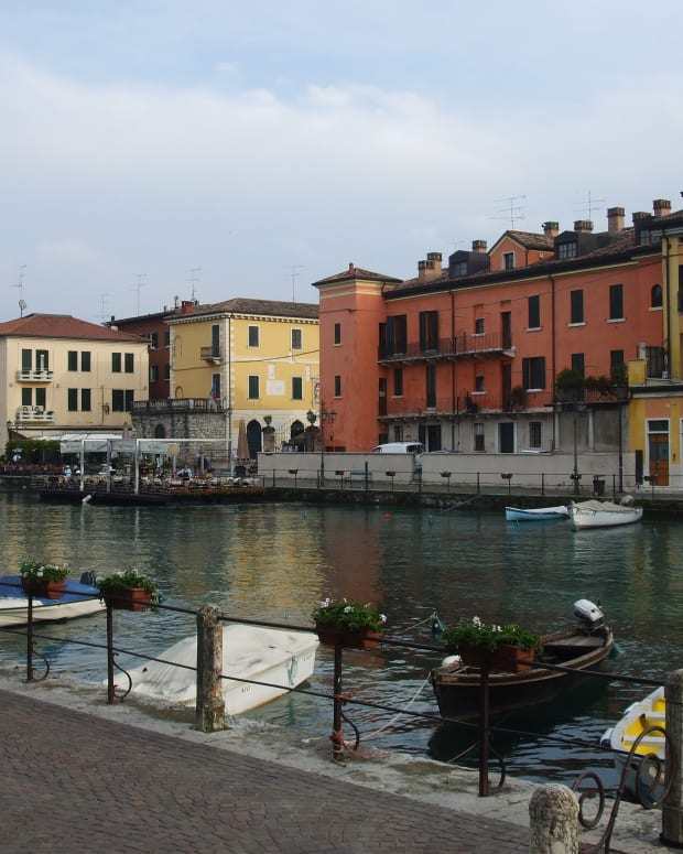 a-rough-guide-to-lake-garda-things-to-do-in-peschiera