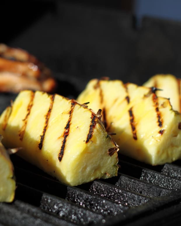 how-to-grill-fruit