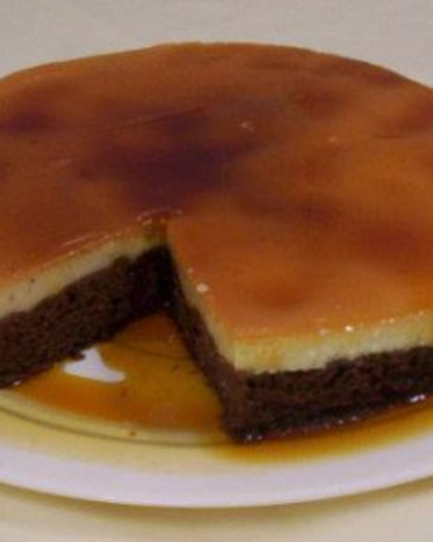 chocolate-cake-with-creme-caramel