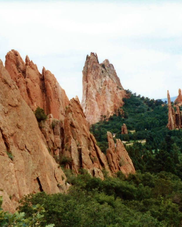 garden-of-the-gods-spectacular-city-park-in-colorado-springs