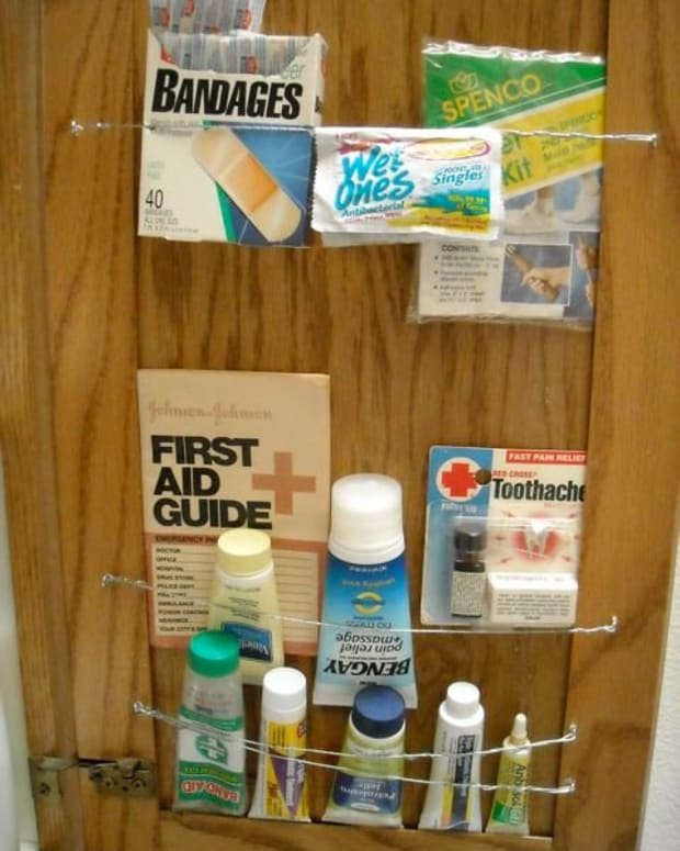 Need to find the band-aids and antiseptic quick? It's in plain sight.