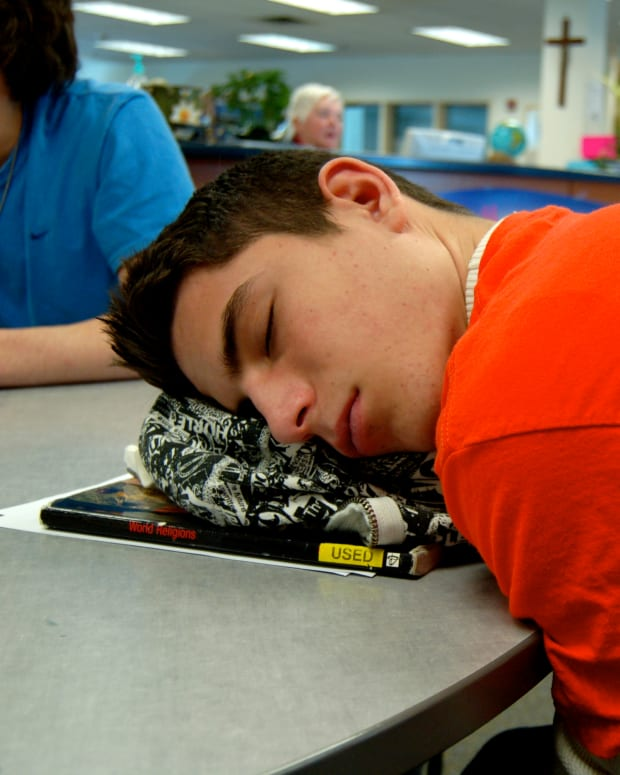 how-to-stay-awake-in-class