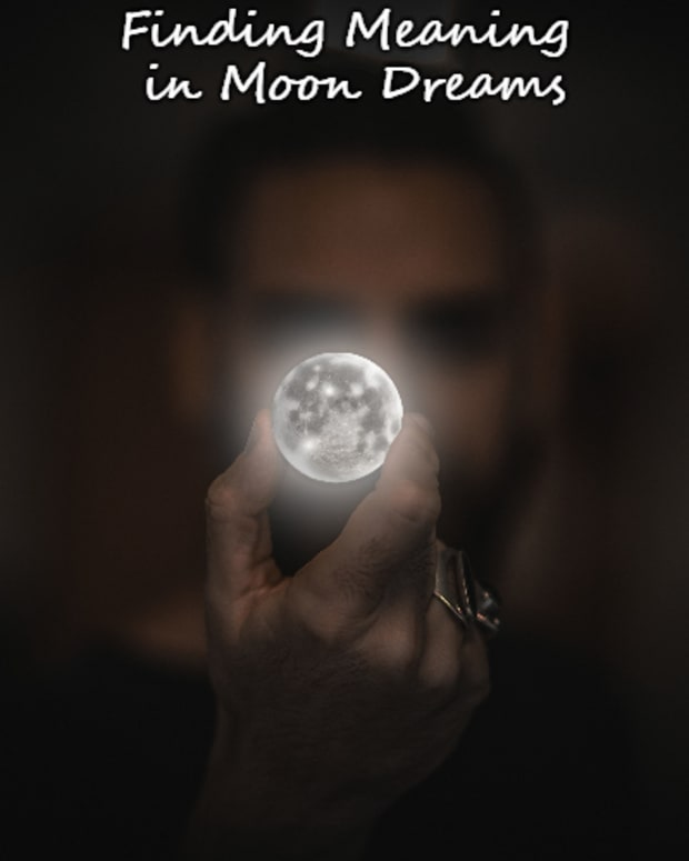 how-to-interpret-the-moon-as-a-dream-symbol
