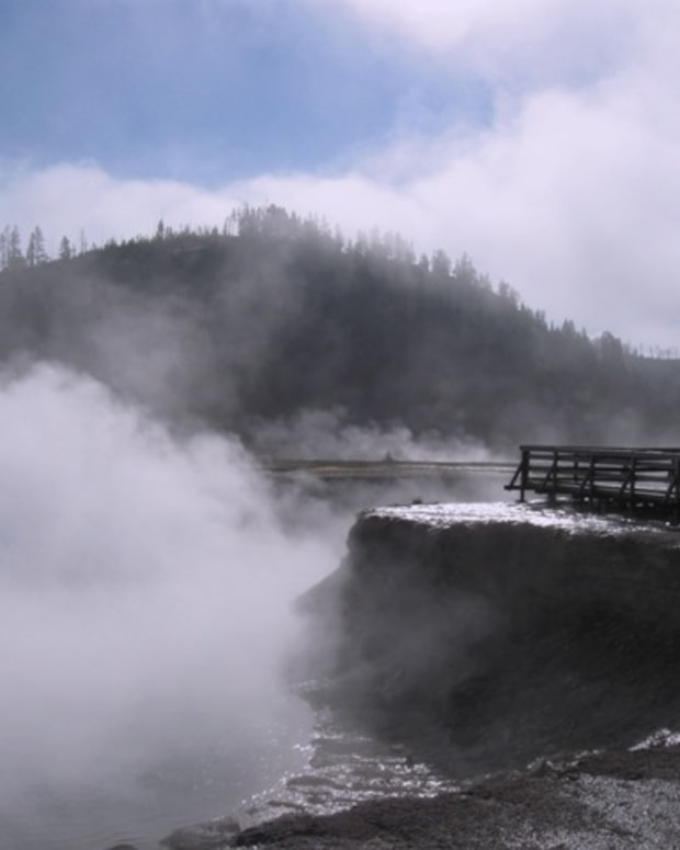 yellowstone-travel