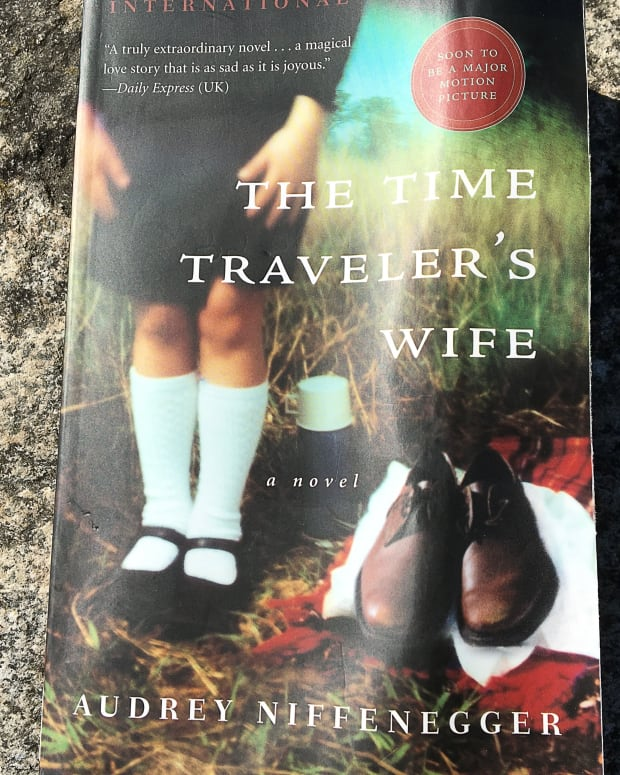 the-time-travelers-wife-novel-a-captivating-but-flawed-story