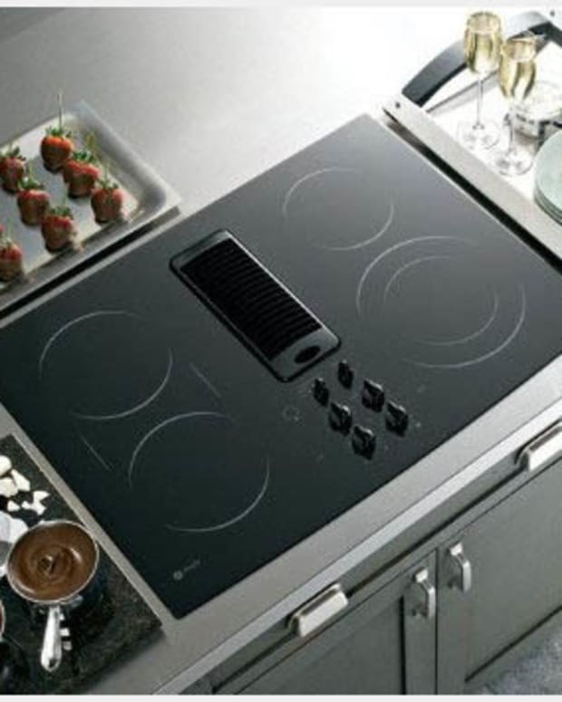 advantages-of-using-an-electric-cooktop-with-downdraft-vent