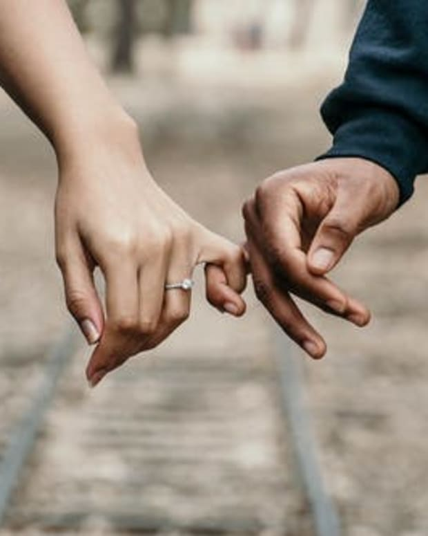 some-signs-of-love-from-which-we-know-how-strong-the-relationship-we-are-in