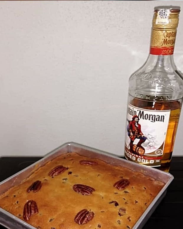 simple-and-tasty-rum-fruit-cake-recipe-for-mothers-day