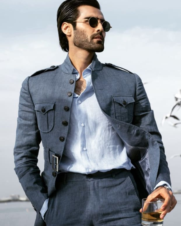 12-famous-male-fashion-models-of-pakistan
