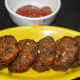 Step six: Bread vadas are tempting! Serve these crunchy fritters with tomato sauce. Happy snacking!