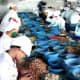 Vietnam produces 590 kilotons of cashews per year.