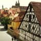Many cross-timbered houses