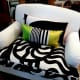 how-to-decorate-with-throw-cushions