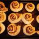 grandmas-homemade-cinnamon-buns