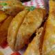 Look at those crunchy seasoned wedge fries! Low-carbohydrate dieters beware!