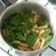 Part wilted spinach in pasta