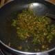 how-to-make-fenugreek-leaf-jhunka-or-chickpea-flour-curry