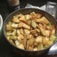 Mix apples with cinnamon and put in pan.