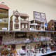 Doll houses and furnishings