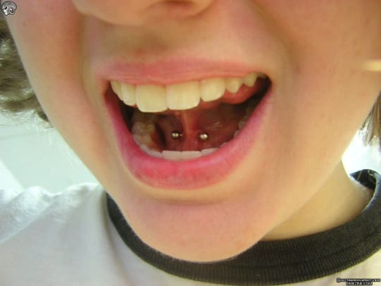 illustrated_guide_to_tongue_piercings