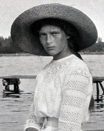 La Gran Duquesa Tatiana hacia 1911 Colección Romanov, Colección General, Beinecke Rare Book and Manuscript Library, Yale University