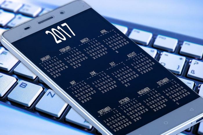 Mobiltelefone sind großartige Geräte für Kalender, und normalerweise werden die Informationen online synchronisiert und gesichert.