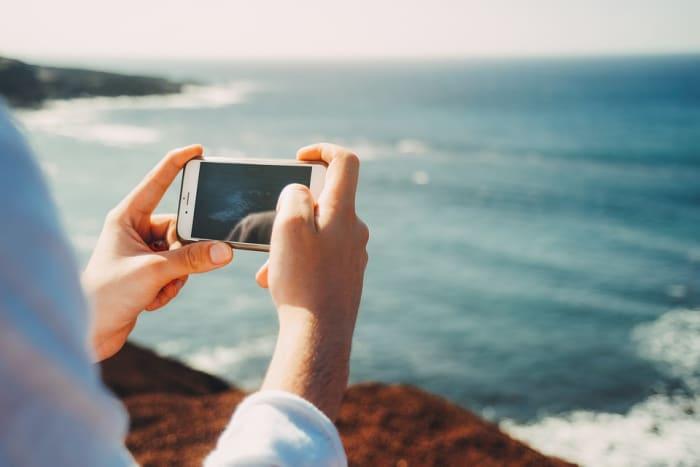 Dank der verbesserten Technologie werden heutzutage mehr Fotos mit Mobiltelefonen als mit traditionellen Kameras aufgenommen.