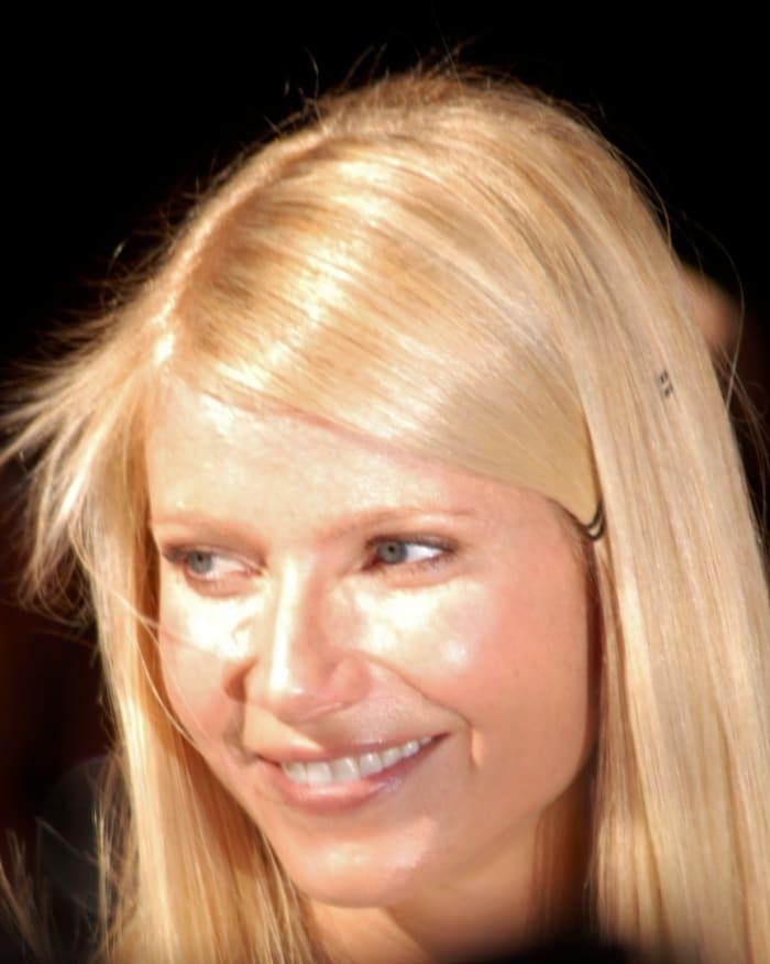 Maquillaje para cabello rubio, ojos azules y piel clara.  Maquillaje de Gwyneth Paltrow