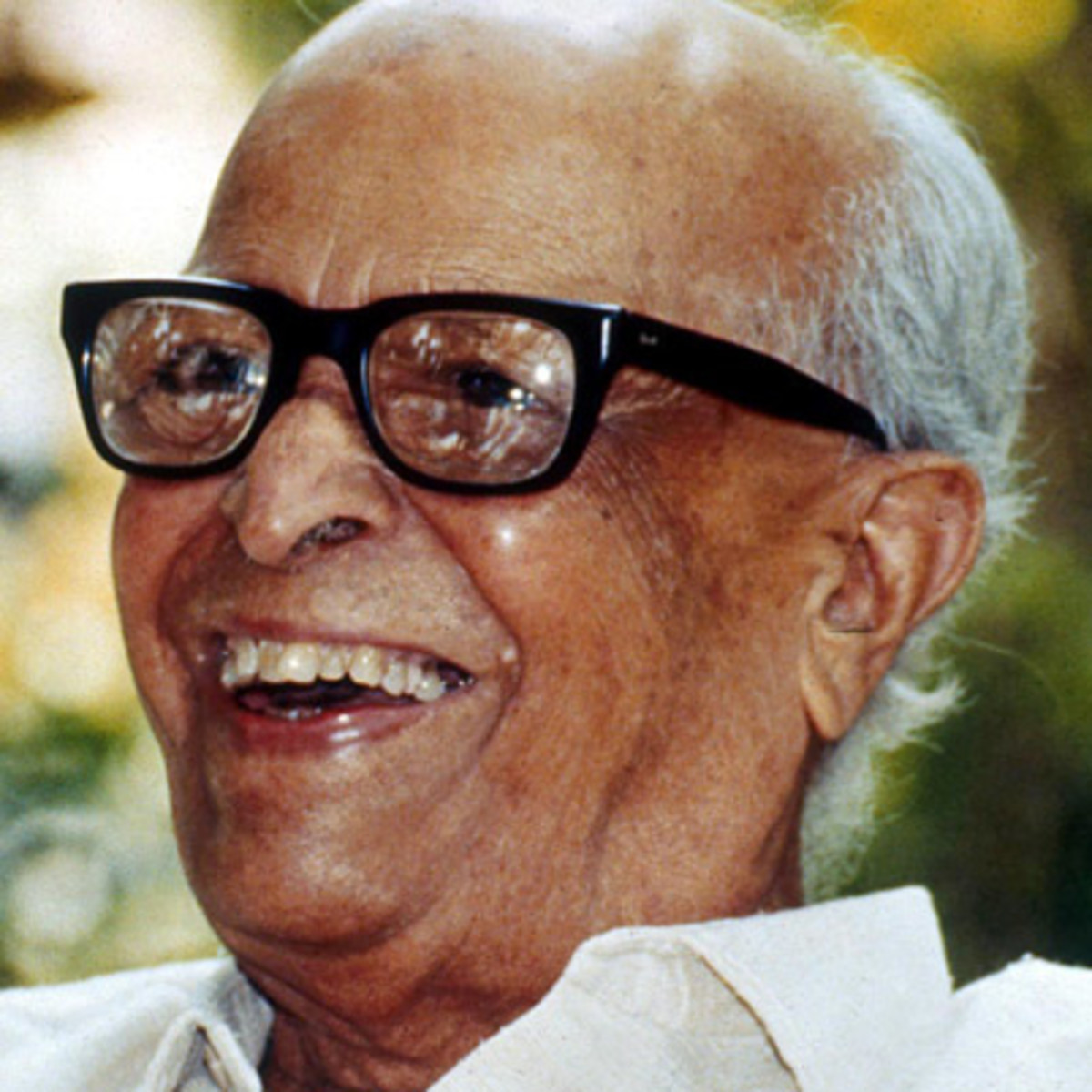 answer type question leela friends by r k narainan What were the best things about rknarayan's swami and friends related questionsmore answers below what is the humour of rk narayan's swami and friends.