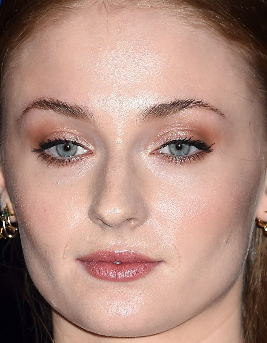 White House Correspondents Dinner 2015 The Best Beauty Looks On Mille Shopia Top Creme Sophie Turner Association