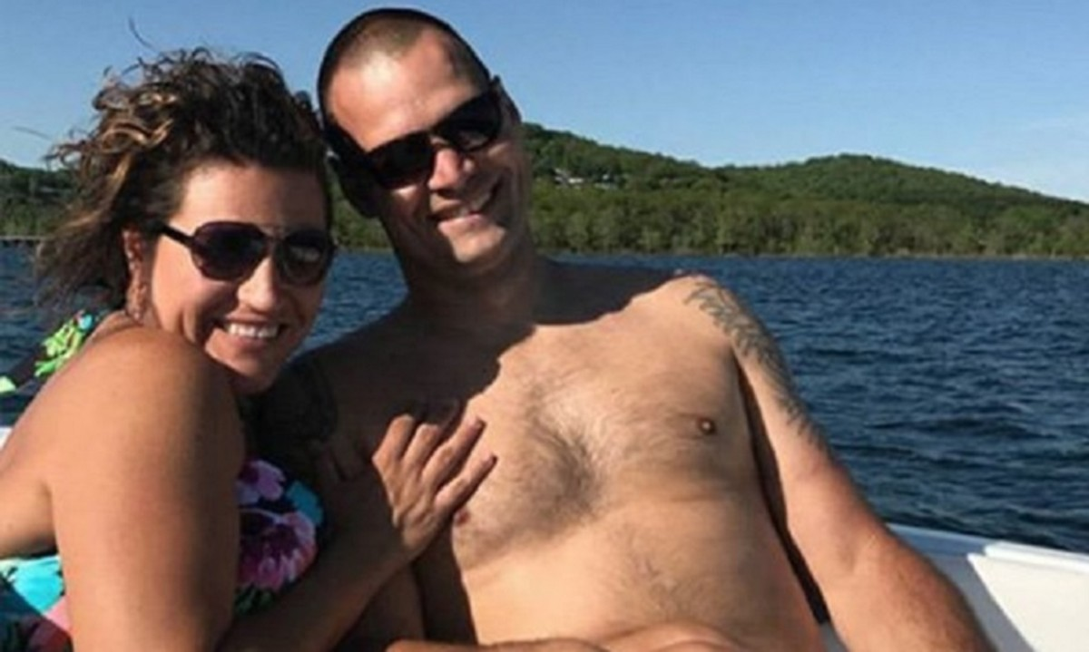 Фото семейной пары на отдыхе секс, Секс на пляже частное фото семейных пар 14 фотография