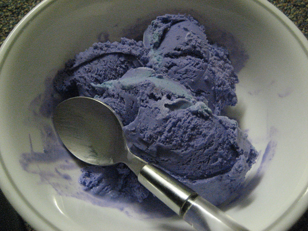 How to Make Coconut and Taro Ice Cream: A Classic Thai Dessert