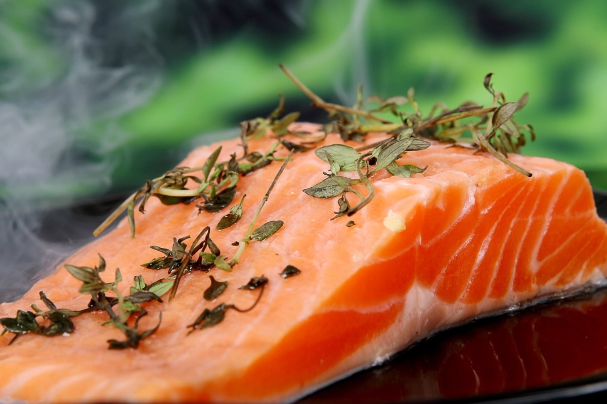 Wild salmon contains omega-3 fatty acids and vitamin D, which may improve memory.