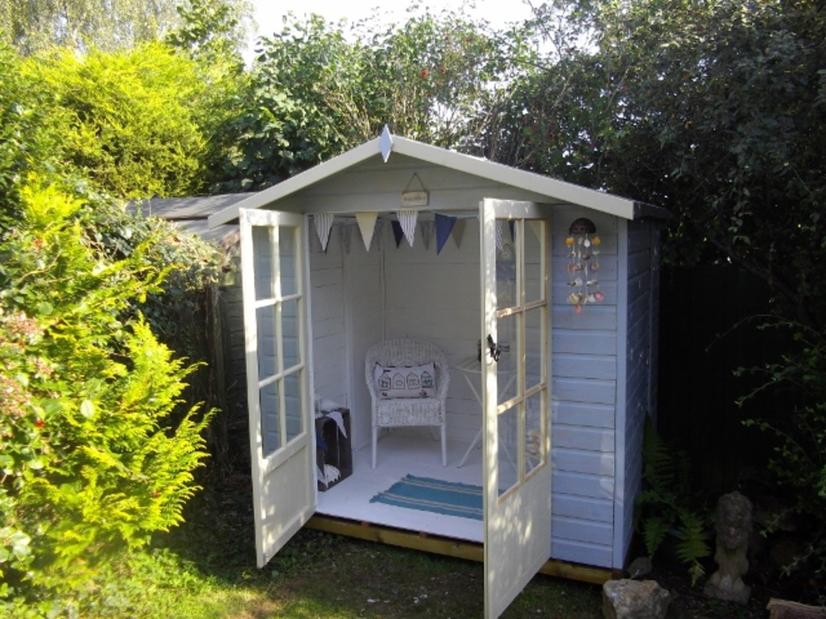 Highlight unusual features, like this hut-style garden room.