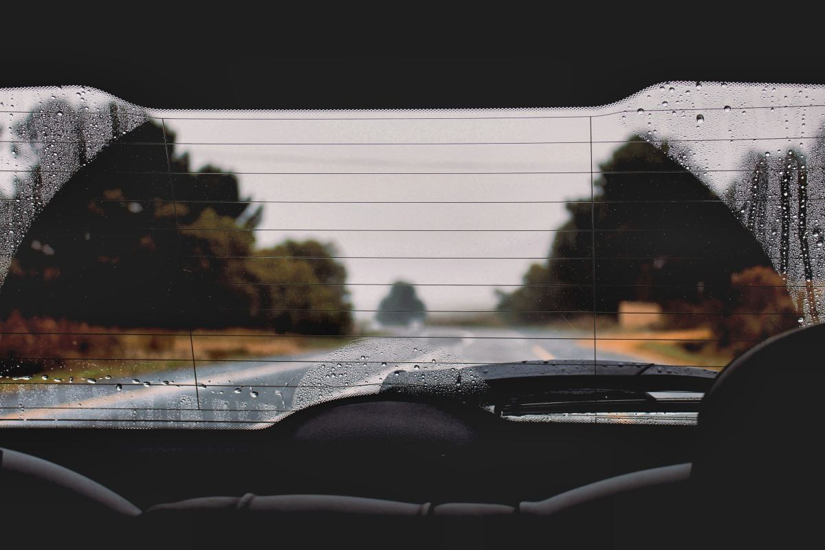 How to Stop Your Car Windows From Fogging Up Inside