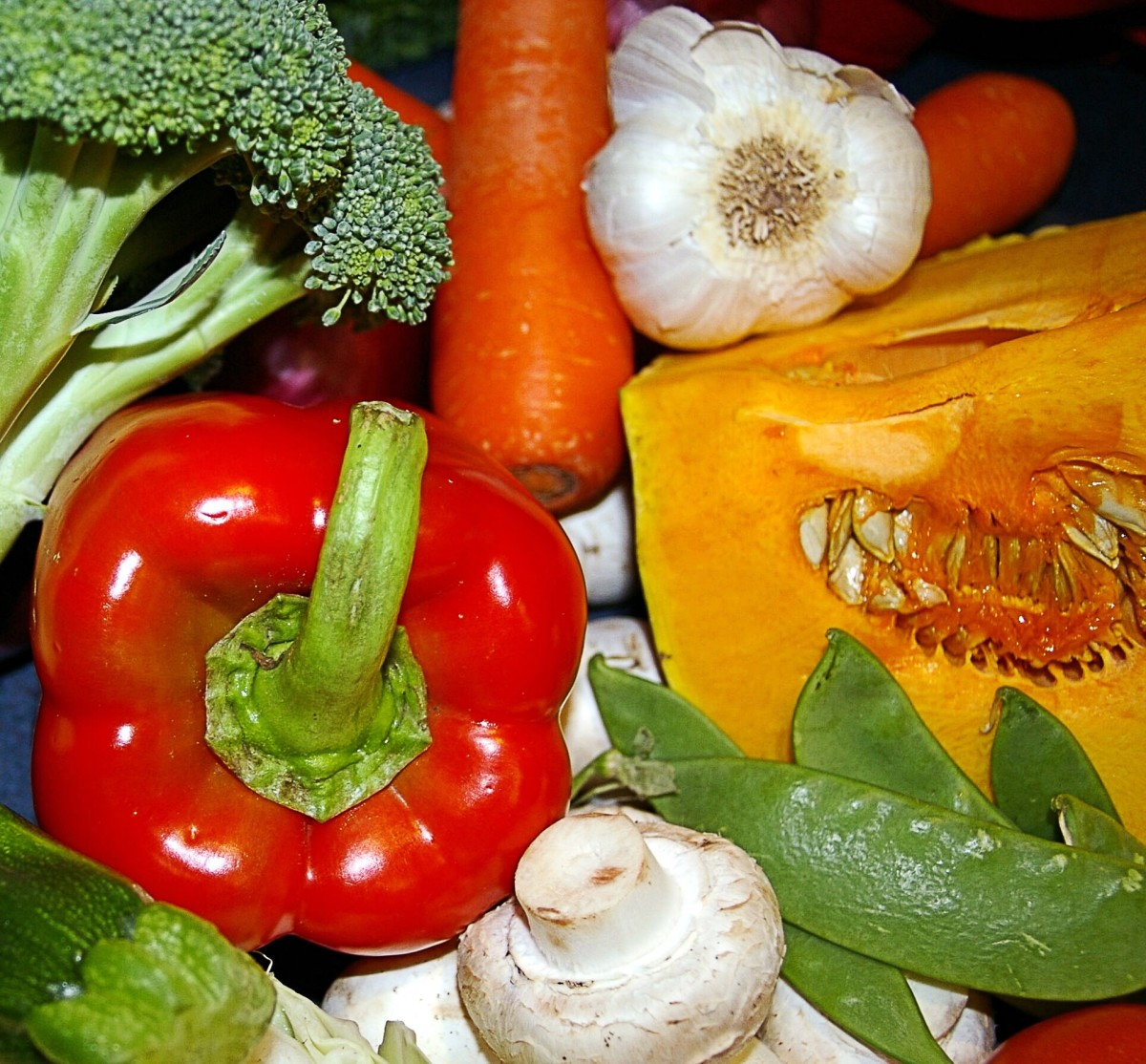 A healthy diet that includes vegetables may boost the immune system and help to keep the Epstein-Barr virus under control.