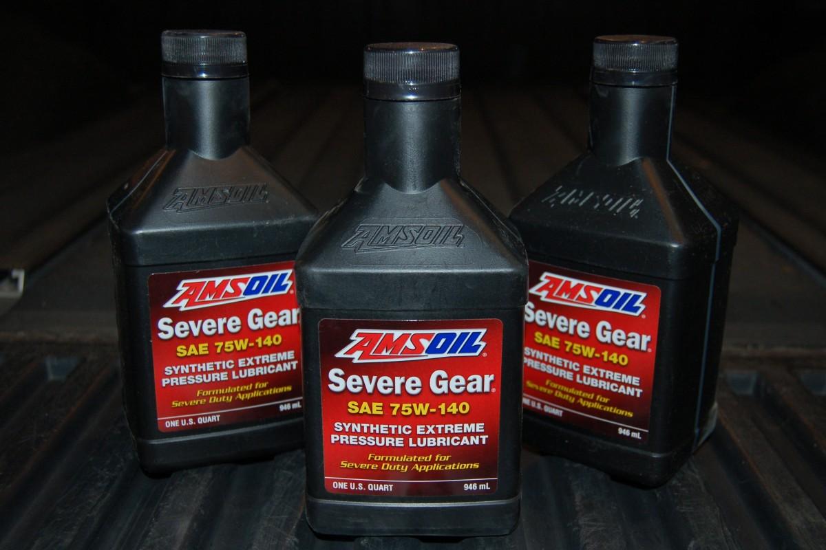 Amsoil Severe Gear 75W-140 Synthetic Gear Oil