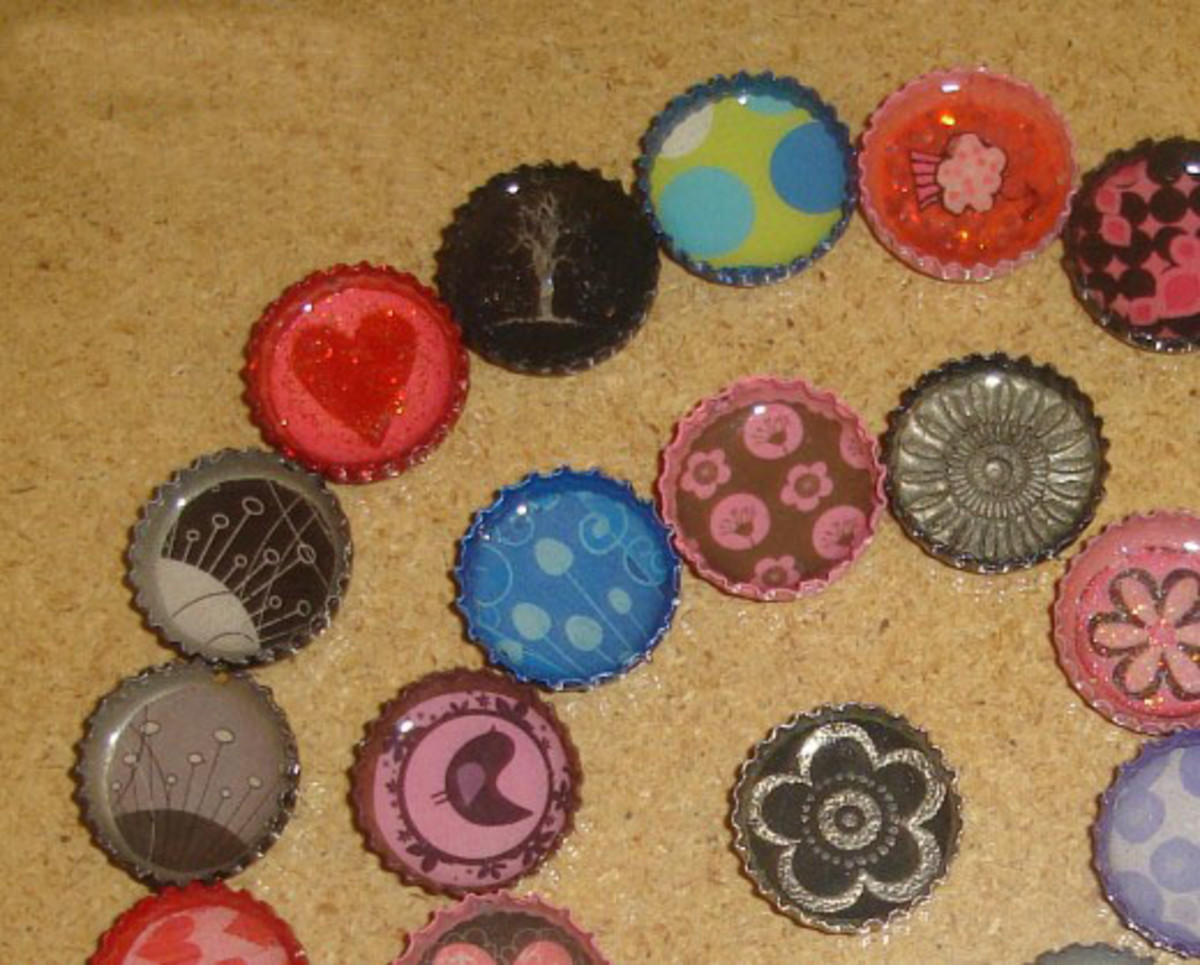 Learn to make these cute bottle cap pendants!