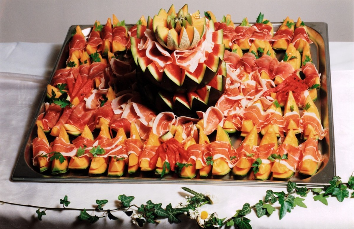 Attractive and tasty appetizers tray.
