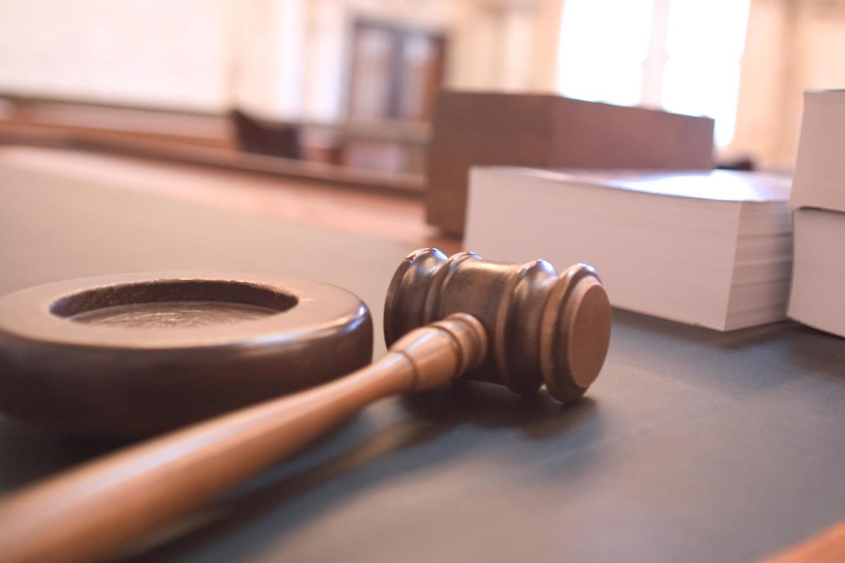 Can you avoid the gavel?