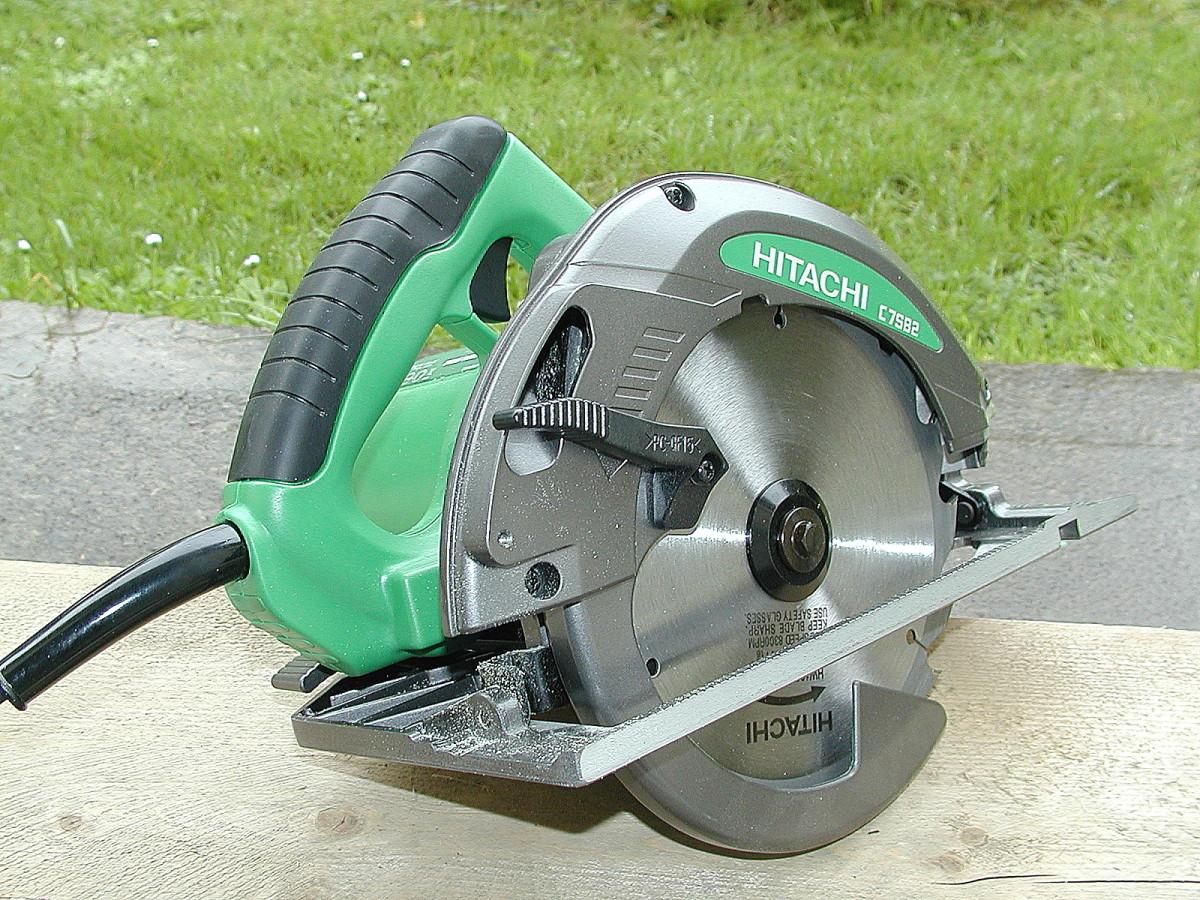 Hikoki (previously Hitachi) C7SB2 circular saw.