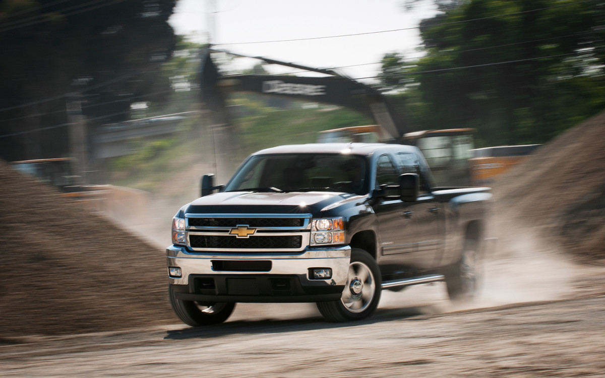 The 2011 Chevy, Ford, and Dodge Diesel Pickup Trucks Compared Side ...
